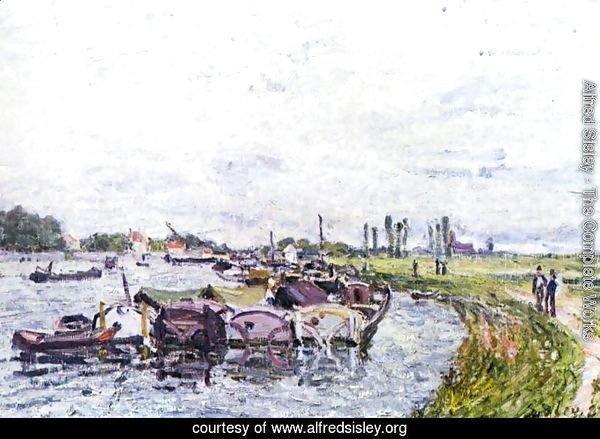 Barges at Saint-Mammes